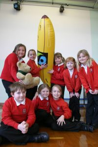 fair-trade-vale-junior-school-frankie-the-fairtrade-banana-arch-2006-2